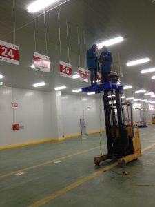 lắp biển chỉ dẫn tại nhà máy SAMSUNG