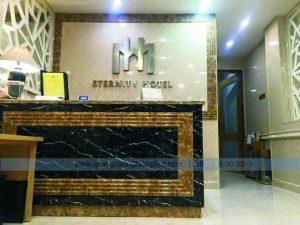 logo backdrop văn phòng khách sạn
