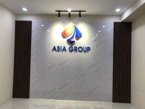 logo backdrop văn phòng được hoàn thiện và bàn giao